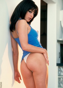 Nadia Vasi - July Penthouse Pet 2002