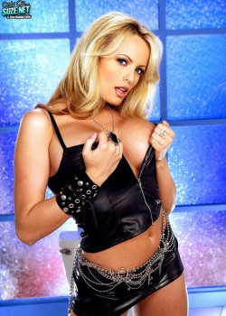 Stormy Daniels (Stephanie Gregory Clifford) - February Penthouse Pet 2007