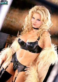 Victoria Zdrok (Dr. Z) - June Penthouse Pet 2002